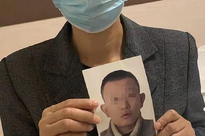19岁四川男孩看守所死亡,家属提出巨额赔偿,成都公安通报一事实