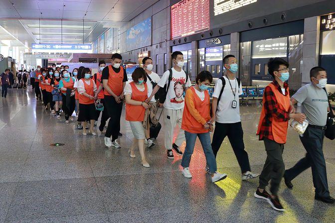 上海警方抓69名情感挽回大师