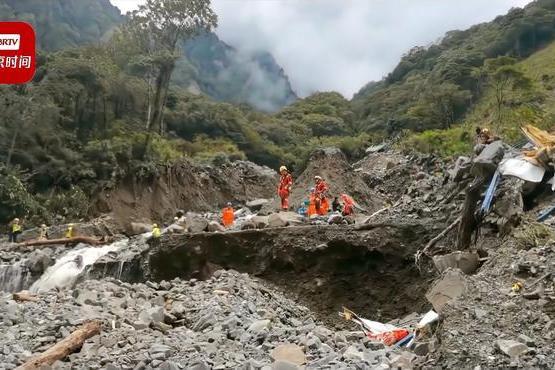 最新消息!四川雅安泥石流致2人死亡12人失联