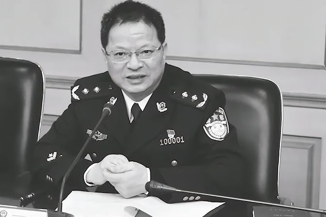 痛心!福州市副市长不幸因公殉职:在工作岗位上突发疾病