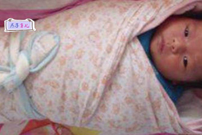 1岁宝宝总是哭闹,宝妈解开包裹时,眼前一幕让她气不打一处来!