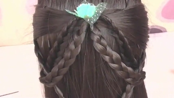 哇塞!简单漂亮的古风半扎发发型,保证让你的女儿到哪都是焦点