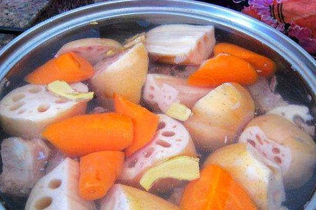 这碗汤多给孩子煮,补铁补锌,预防贫血,增强身体免疫力