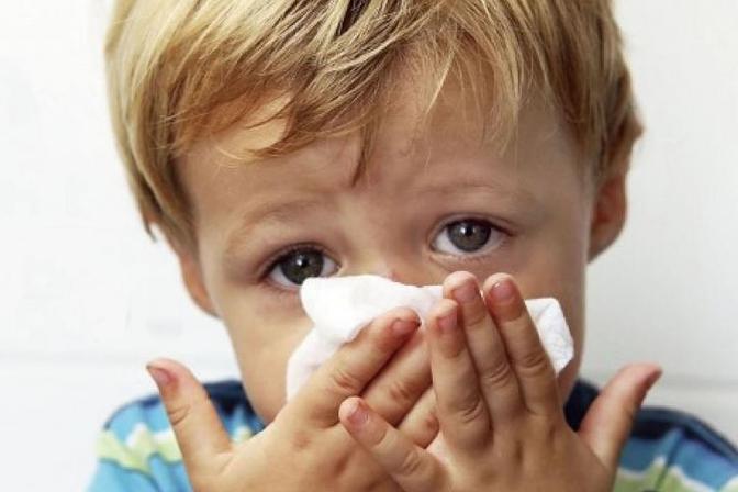 婴幼儿鼻塞还有点咳嗽怎么办,我们听听医生是怎么说的!