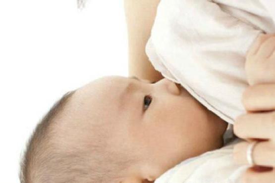 为什么宝宝吃母乳爱睡觉,原因很暖心