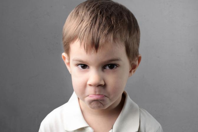 想改掉孩子动不动就生气的坏习惯,家长就要做好这几点
