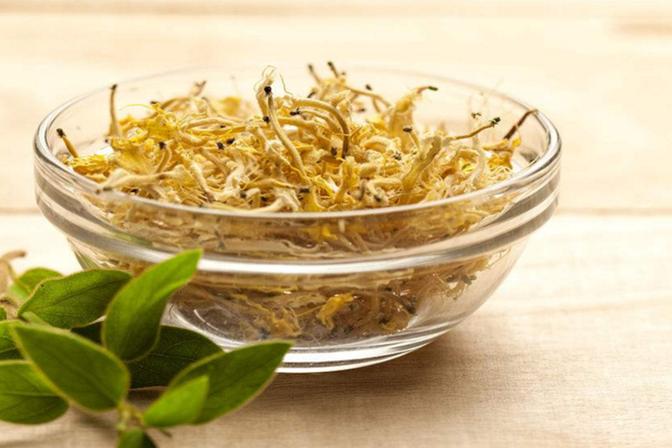金银花配上它们泡水喝,开胃消食、清热解毒,身体越喝越健康!