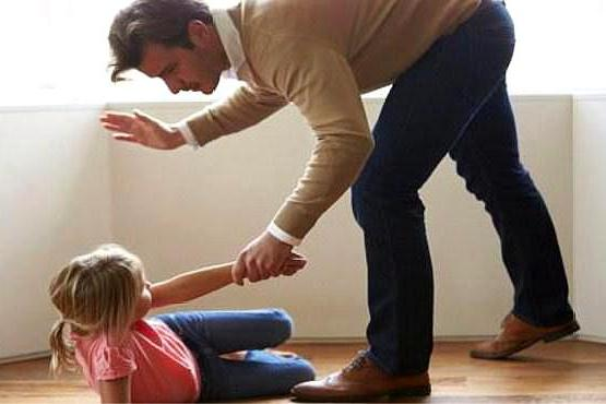 家长请记住,孩子的这个部位千万不能打,再生气都不行