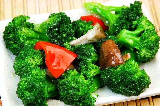 适合一岁宝宝吃的3种蔬菜,营养价值高,有益智力发育越吃越健康