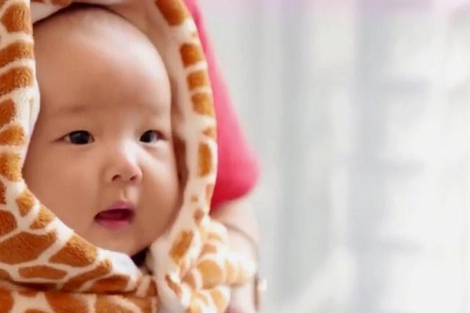 宝宝腹泻怎么办?这些原则心中记,健康成长宝宝乐