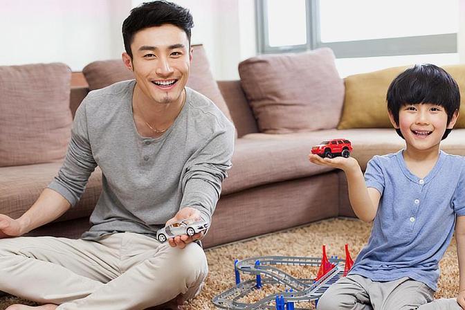 爸爸的陪伴对孩子有多重要?特别是上幼儿园以后,差异感立现!