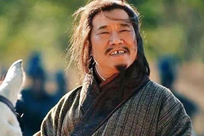 庞统36岁因公殉职,留下一子一弟,却并没有受到蜀国优待