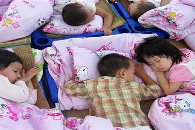 为什么不管春夏秋冬,幼儿园都会要求孩子午睡?答案出乎意外