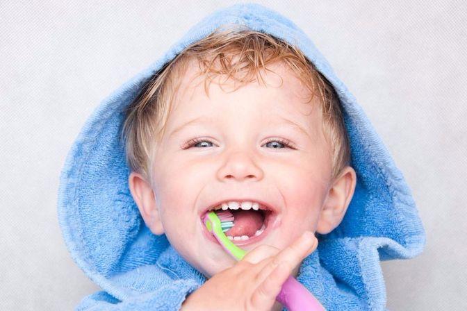 一岁左右的宝宝不需要刷牙?错了,这样刷才能让宝宝有好牙齿
