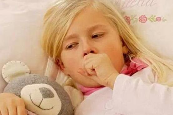 孩子咳嗽总不好?老中医教给妈妈一个妙招,消炎止咳有效果!