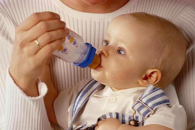 宝宝换奶后拉肚子,多是家长犯了这些错误,赶紧改
