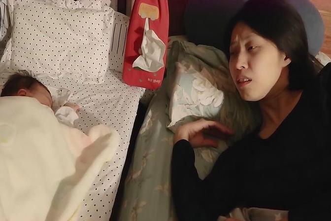 """宝宝睡觉""""爱出汗"""",千万不要大意,有可能是异常情况"""