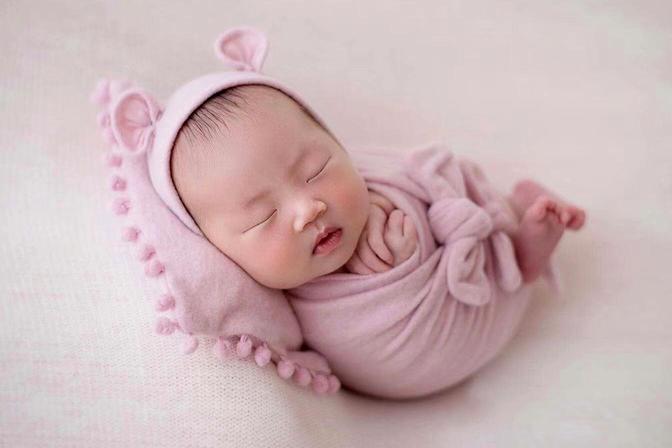 """新生儿""""猛长期""""是什么时候?原来这3个表现,都说明宝宝在成长"""