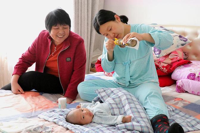 一个多月宝宝鼻子不透气怎么办?网友告诉了个方法,还真挺好用
