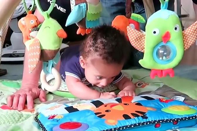 四个月宝宝发育指标是什么?能力发育有哪些?需要注意什么?