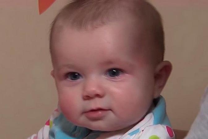 新生宝宝受凉有哪些表现?保护好这些部位,可以预防宝宝着凉