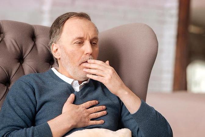 喉咙有痰,老是咳不干净?提醒:3个祛痰小妙招,可以了解下