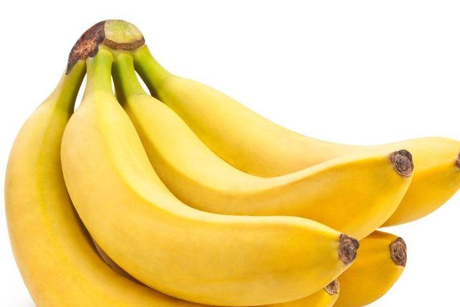 今天才32天我可以吃水果吗吃了怕宝宝拉肚子如果可以吃的话要用热水泡吗