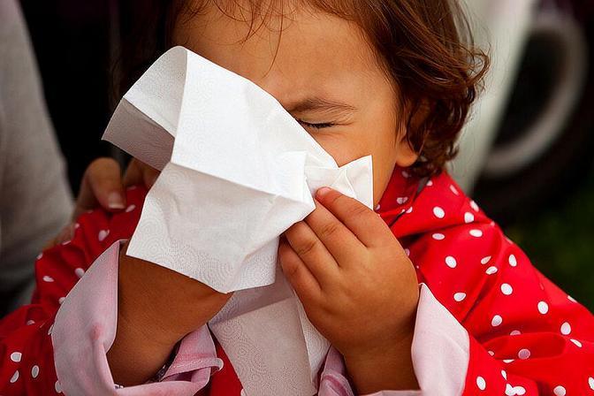 宝宝一感冒就鼻子不通气,家长福音来了!医生教你如何正确护理