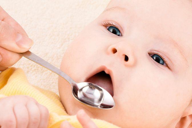 宝宝吃多了不消化怎么办?医生教你1招:高效便捷,宝不受罪