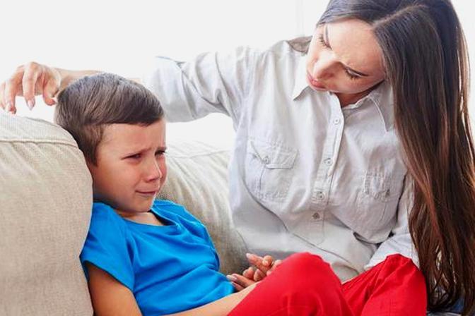 孩子太任性,哭闹起来没办法?家长先别头疼,2招帮他改掉坏毛病