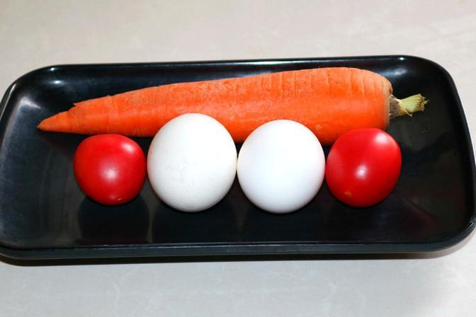 秋天要给孩子多吃红萝卜,加上2个鸡蛋搅一搅8分钟上桌,全家爱吃