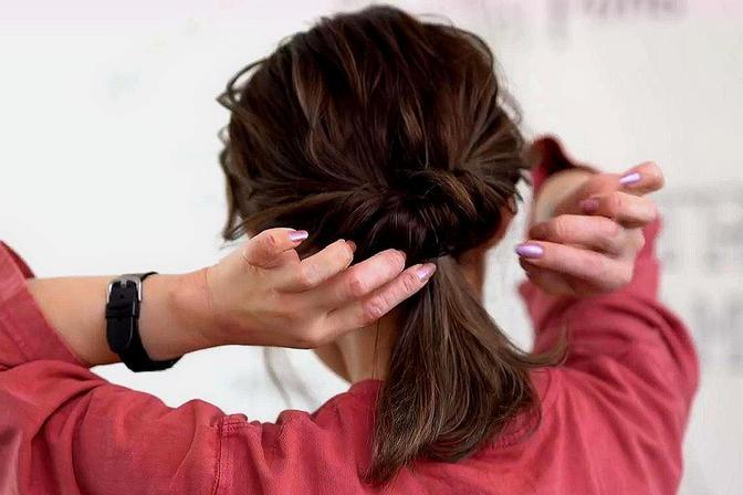 小女孩掉发脱发?这个原因和家长有关,严重可能不长头发