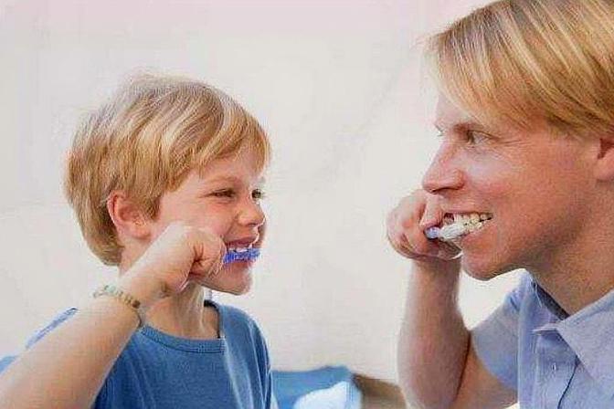 小孩什么时候开始学刷牙,如何正确刷牙,这个你知道吗?