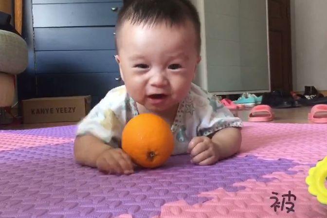 6个多月的宝宝晚上睡觉翻来翻去睡不着,怎么回事?