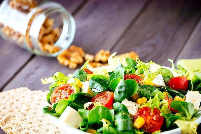 孩子不爱吃蔬菜,会导致营养不均衡,妈妈这样做让宝宝爱上蔬菜
