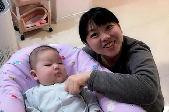 被折磨了几天,才知道是宝宝要长牙,几个特征很明显,宝妈要记牢