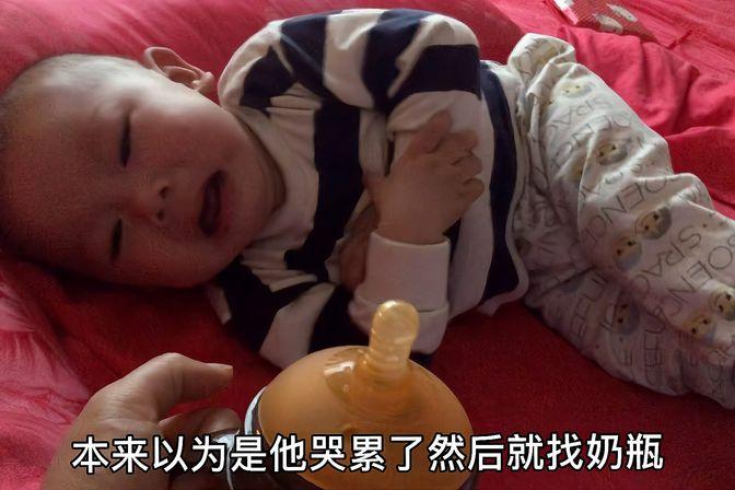 10个月断奶哭得撕心裂肺都不吸奶瓶,累得半死也不吃我好想放弃了