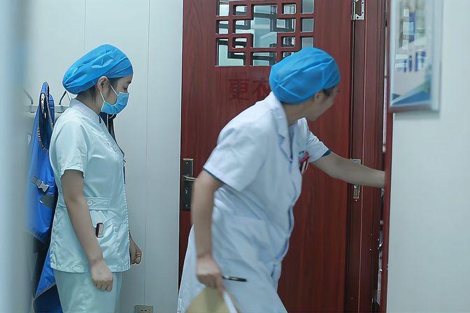 子宫输卵管造影检查全程直播:揭秘基层医院误诊的常见原因