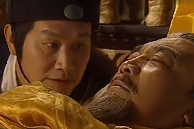 朱允炆即将继位,皇爷爷摸了一下他的后脑勺,立马吐血倒下!