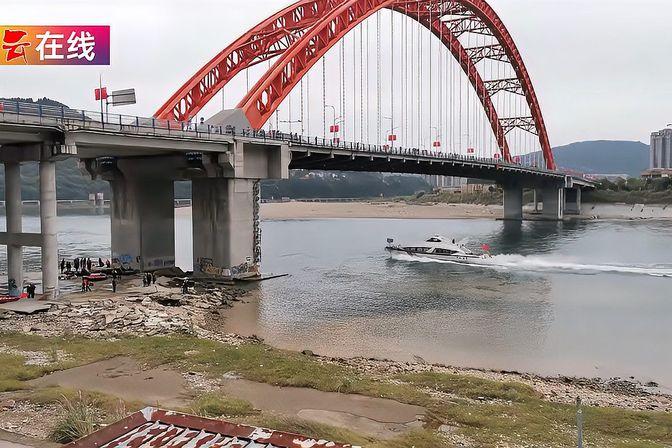 四川营救坠江女孩失联民警因公殉职,年仅31岁,英雄,回家了!
