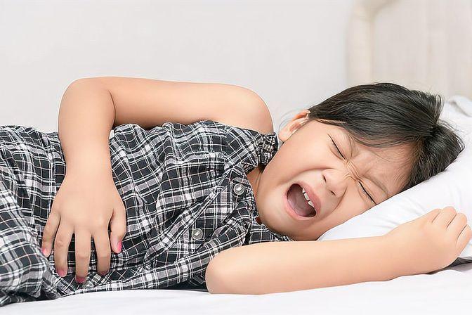 孩子肚子胀气怎么办?医生直言:4个缓解方案了解下