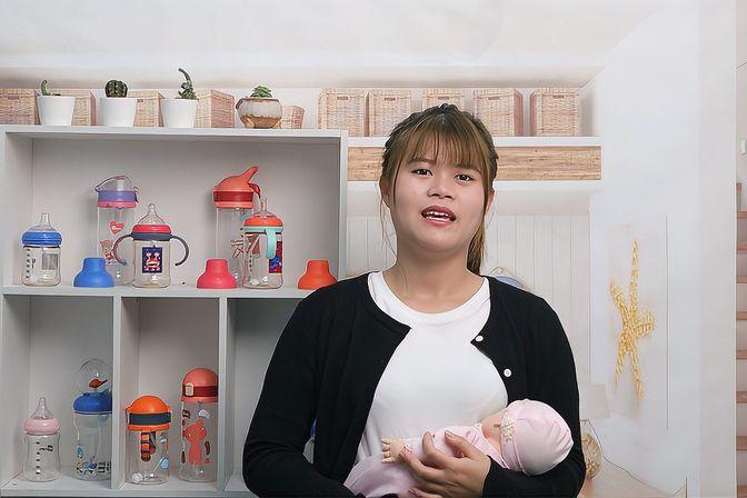 宝宝吃吃睡睡的吃奶习惯,要怎么改?育婴师支招教你变换育儿姿势