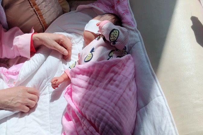 宝宝黄疸高 一直下不去