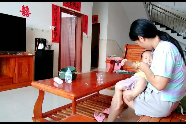 """11个月宝宝,得了""""鹅口疮""""反反复复,医生说要想好彻底就这么做"""