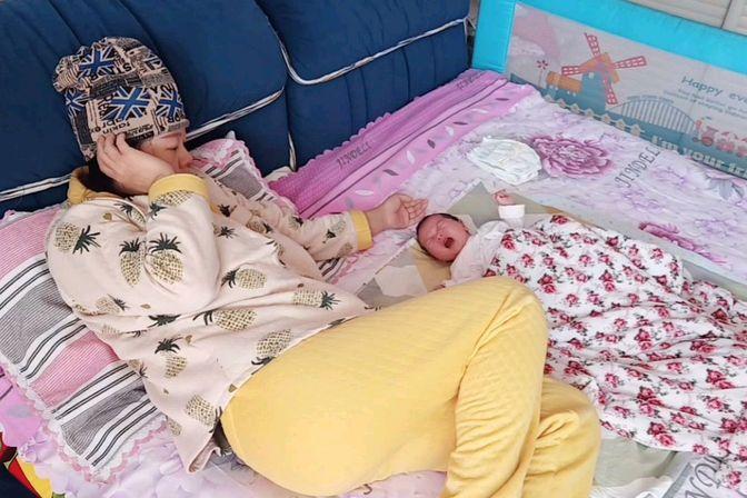 22天宝宝大哭,妈妈用什么方法宝宝瞬间不哭?