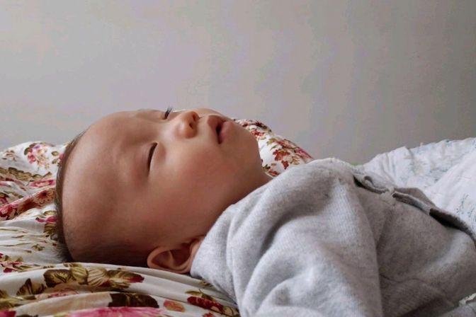 婴儿如何戒掉抱睡,奶睡,养成自主睡眠