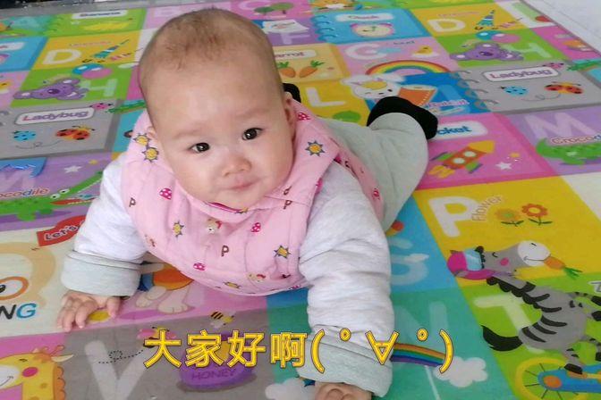 求大神指点怎么帮助宝宝学爬,八个月还不会翻身不会爬,愁坏老妈